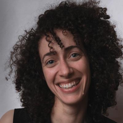 Profile photo for Laura Morris