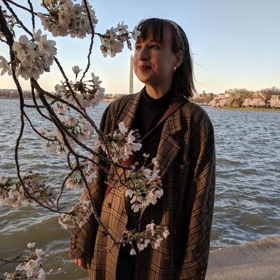 Profile photo for Anna Foley