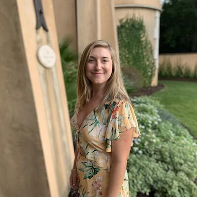 Profile photo for Julie Balefsky